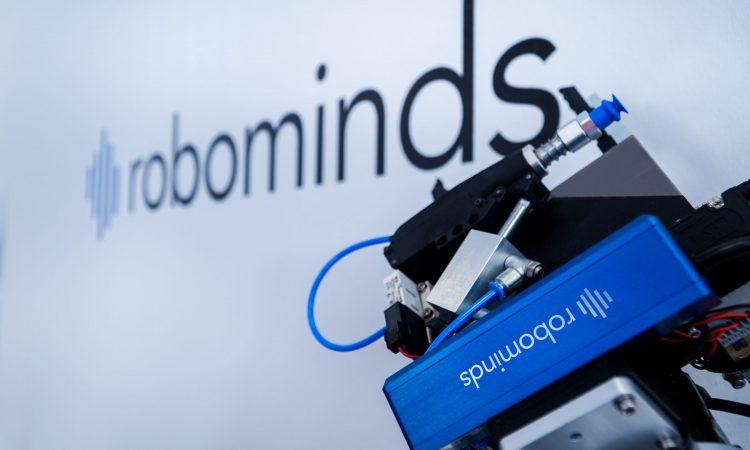 "Robominds: ""We Make Robots Smart"""