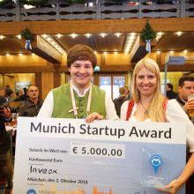 Maria Driesel and Dominik Sievert, founders of the health startup Inveox and winners of the 2018 Munich Startup Award